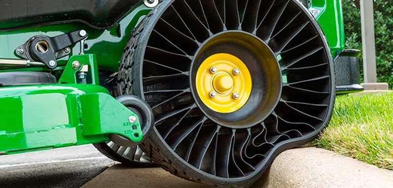 A Micheliné a világ első, levegő nélküli abroncsokat gyártó üzeme