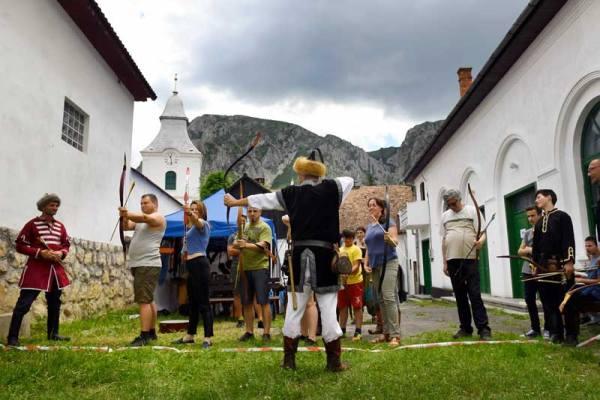 Koncertek és kiállítások a negyedik Duna-napon, Torockón