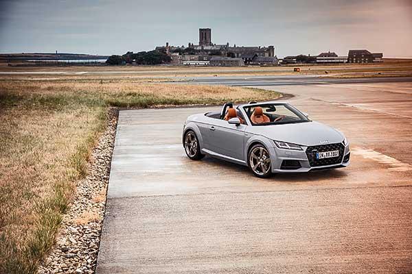 """""""TT 20 years"""" limitált kiadású modellek az Audi Hungariától"""