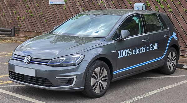 Elkezdődöt a Volkswagen első teljesen elektromos gépjárműjének sorozatgyártása