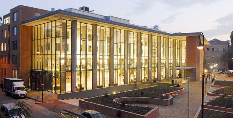 A Semmelweis Egyetem 250 éves történetét bemutató tárlat nyílik Budapesten